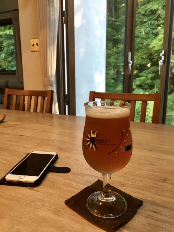 ビールとスマホ